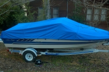 1987 Sea Ray Seville 19, V-Hull Runabout Style Cover, Styled to Fit, Poly-Guard, Caribbean Blue
