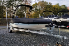 2018 Stingray 182 SC Deck Boat w/ Factory Tower, Custom Fit