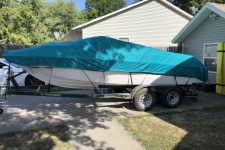 1996 Four Winns Horizon 200 - Styled to Fit Boat Cover - V-Hull Runabout Style Boat - Sun-DURA - V-20 I/O