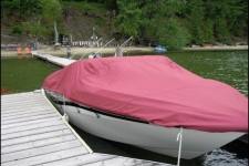 Four Winns Horizon 210, Styled to Fit, Poly-Guard, Burgundy