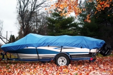 2004 Tahoe Q4 - Styled to Fit Boat Cover